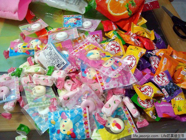 聖誕糖果 (U-SA-HA-NA 花小兔嗶嗶糖、知心水果軟糖、可康日式六色水果糖) | 聖誕親子變裝秀