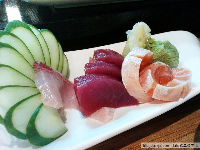 生魚片、魚卵壽司@東の龍番 | 台北松山
