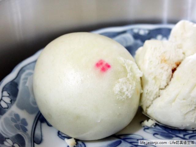 綿密滑嫩的「葡吉小廚」Q 心豆沙包 | 台北大安