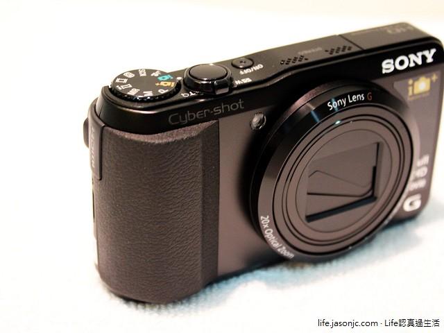 Sony Cyber-shot DSC-HX50V 史上最輕巧 30 倍光學變焦隨身機 新上市
