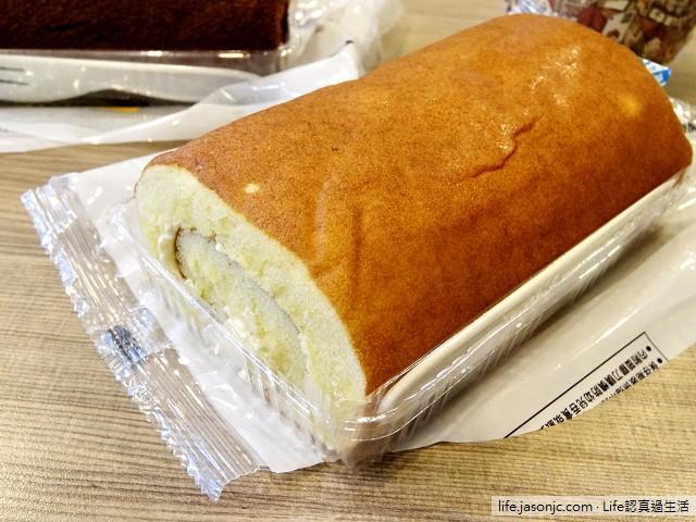 7-11蛋糕:日式年輪、巧克力磅蛋糕、蜂蜜蛋糕、甜甜圈和純濃牛奶、巧克力瑞士捲 | 台北市內湖區