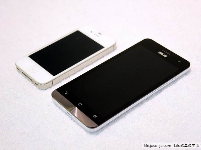 ASUS Zenfone 5, Apple iPhone 4S, Sony Xperia Z, LG Optimus One P500 疊疊樂