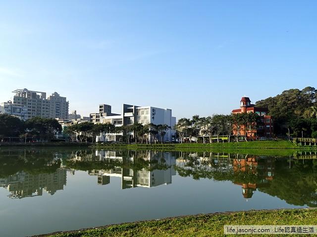 湖面如鏡的碧湖公園 | 台北市內湖區