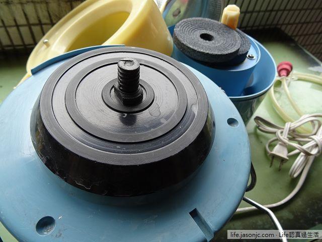 用糯米研磨機(家用電動食品碾磨器)做糯米糰